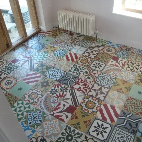http://modabania.com/clients/220/images/catalog/products/6a9c63cb89191607_Encaustic-Tiles-Patchwork-UK.jpg